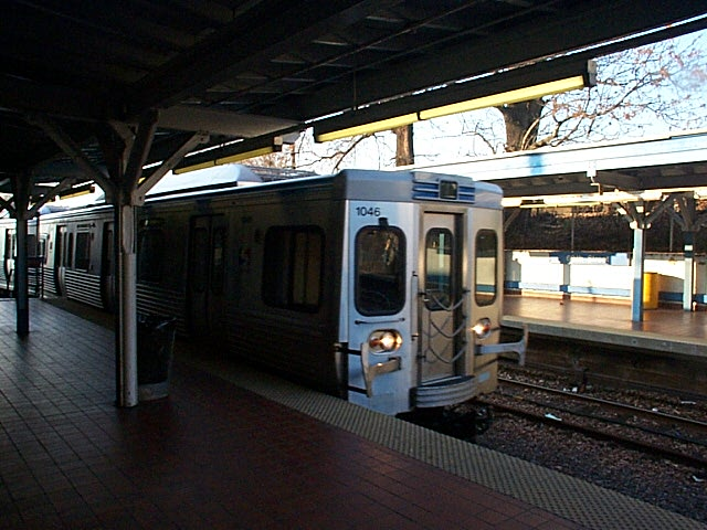 train entering 69th St.